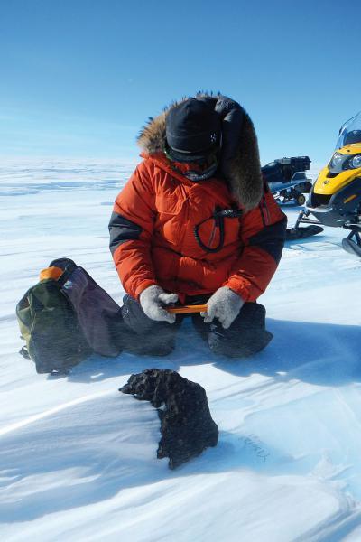 La météorite lors de sa découverte en Antarctique