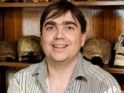 Patrick Semal, hoofdconservator en conservator van de collecties Antropologie en Prehistorie.