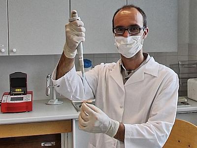 Gontran Sonet (labo ADN)