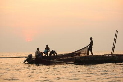 Fishermen on Lake Tanganyika © Charlotte Huyghe