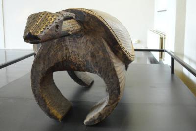 De houten antilope is een muziekinstrument