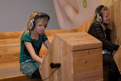 Exhibit where visitors can test if they have good hearing