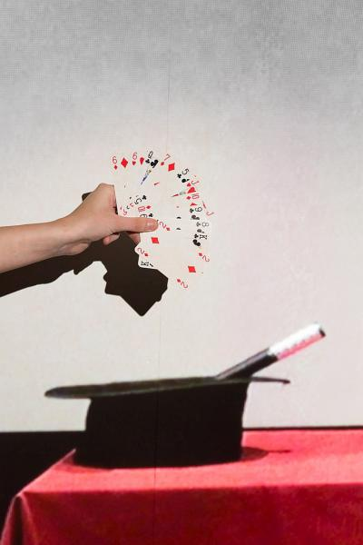 A short movie about some card tricks