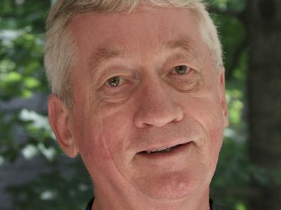 Primatologist and ethologist Frans de Waal