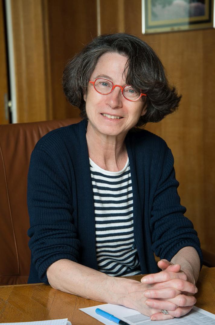 Onze algemeen directrice Camille Pisani in haar bureau (foto: Thierry Hubin, KBIN)