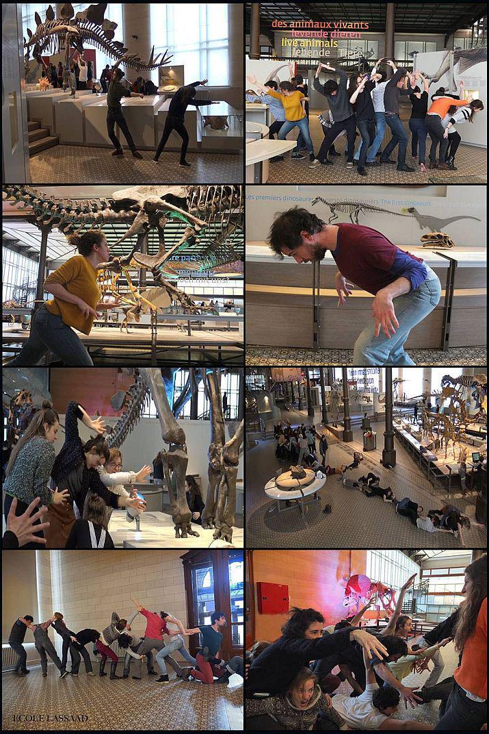 Les étudiants de l'École internationale de Théâtre LASSAAD en pleine répétition dans la Galerie des Dinosaures