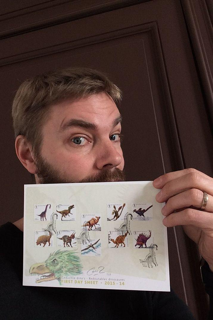 La planche de timbres premiers jours « Redoutables dinosaures / Geduchte dino's 2014 2015 » personnalisée et signée par Conz