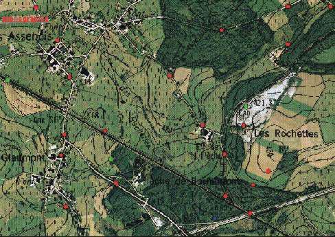 Andere reeks punten op een dubbele achtergrond, bestaande uit de NGI topografische kaart en een luchtfoto uit de omgeving van Rochefort