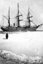 La Belgica, prises dans les glaces