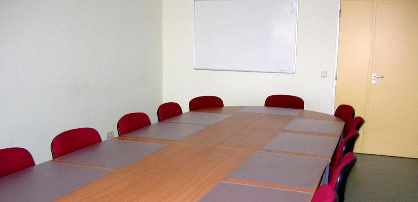 L'une des petites salles de réunion