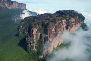 Aerial photo of Wei-Assipu-tepui, where the mouse was found, with Mount Roraima in the back
